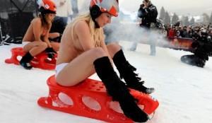 Naked Sled Racing